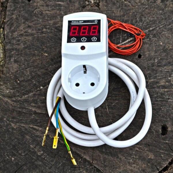 Терморегулятор к электрическому автоклаву РИК-3МР
